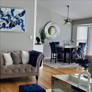 Chetoni Designs | Oak Brook Artisan Market (Blue Resin Painting)